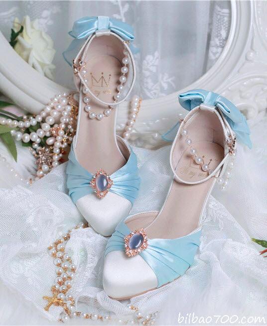 การเลือกสีรองเท้า